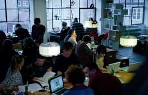 crowded-workspace